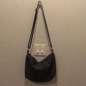 Handbags - Side body bag